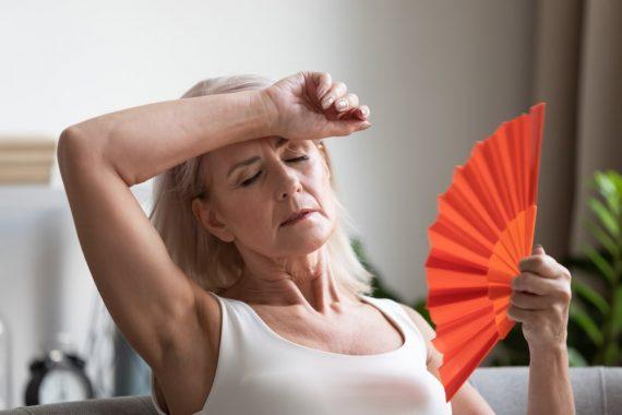 objawy fizyczne i psychiczne menopauzy