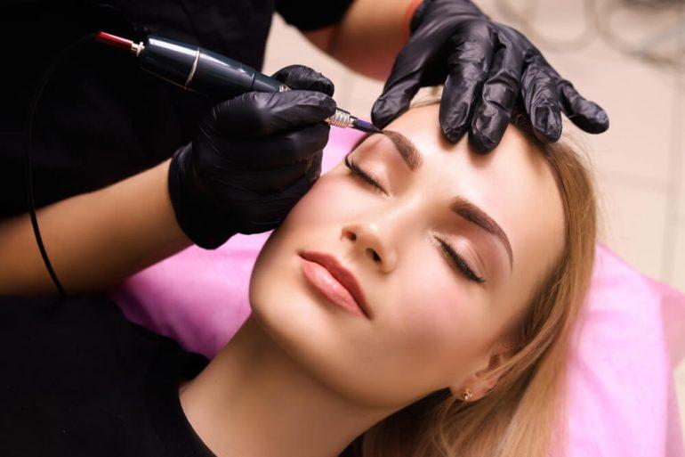makijazu permanentnego
